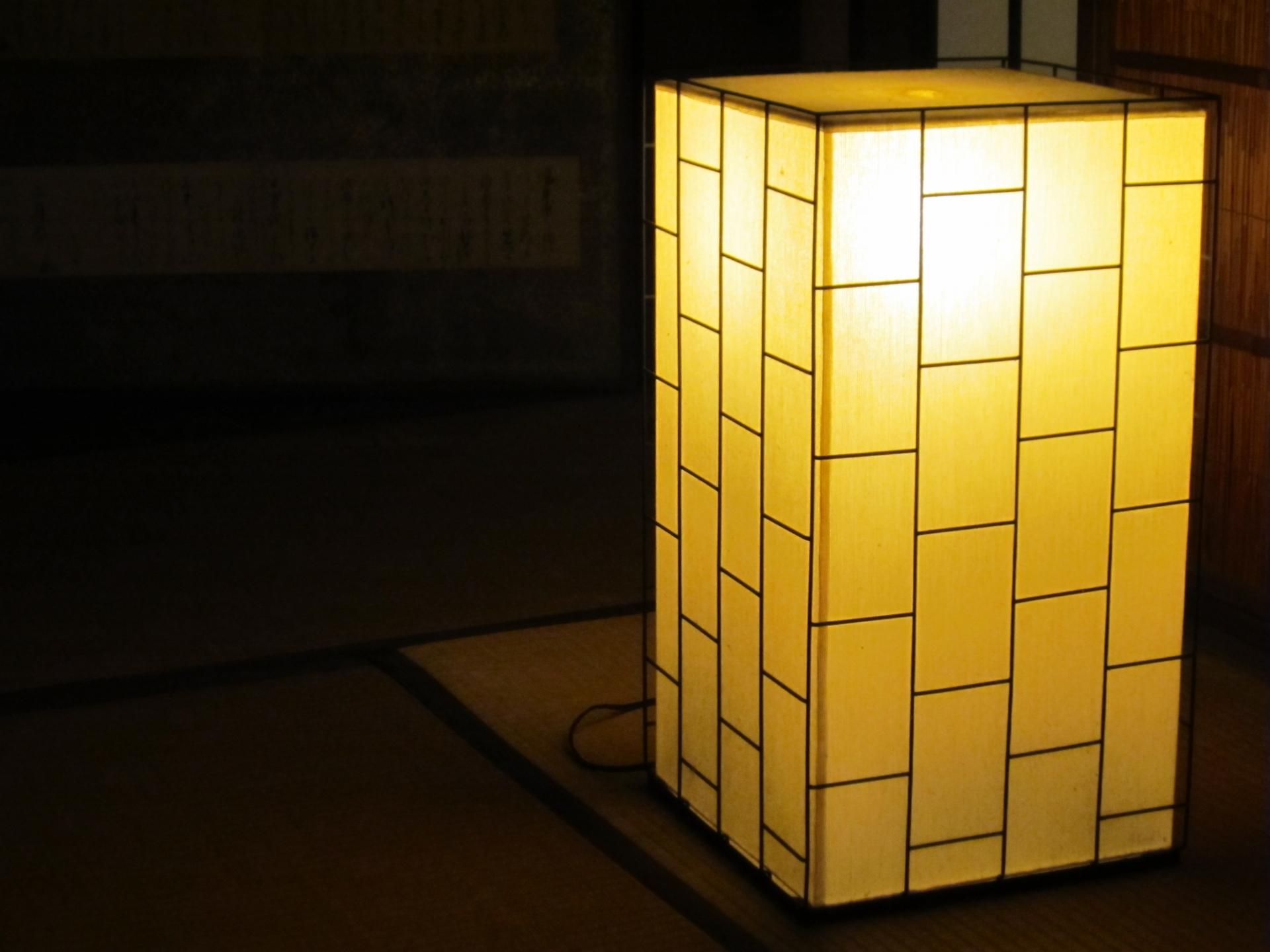 読み方 燈 「燈」の意味や成り立ちとは?灯との違いや名前の読み方を紹介